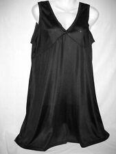 Fond de robe en voile satiné avec dentelle encolure en V  Taille 50/52