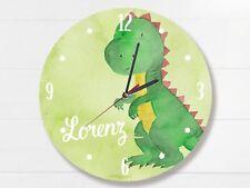 Kinder Wanduhr mit Namen und Dinosaurier Flüsterlaufwerk