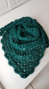 Häkeln Sie chéche Oma Schal. Handgemachte Schal. Handmade