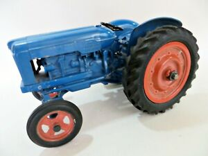 CHAD VALLEY 'FORDSON MAJOR FARM TRACTOR' COMPLETE. VINTAGE. GOOD.