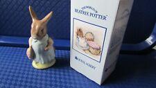 Royal Albert Beatrix potter Mrs flopsy bunny + original box + insp sticker