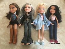 Bratz Dolls Bath Robe Silver Gray Hair African American Blonde Brunette Lot