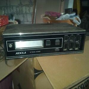 Lettore cassette stereo 8 vintage completo di altoparlanti e funzionante,