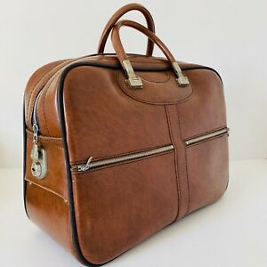 Vintage Retro Tan Brown Faux Leather Weekend  Overnight Bag Holdall Mod with Key