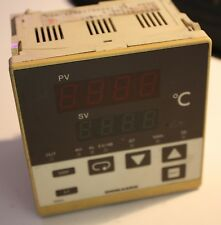 Shimaden SR63 SR63-411-90-0340C Temperature Controller Analogue Output