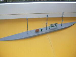 Kibri - 6-teiliger Bahnsteig - Spur H0 1/87 - (war noch nicht auf Anlage) -