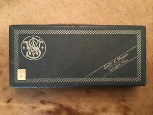 Smith & Wesson Model 19 Combat Magnum Box With Paperwork