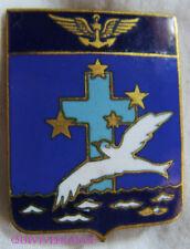IN13918 - INSIGNE Flottille 7 F - 27 F, émail, 6 vagues, croix bleu foncé