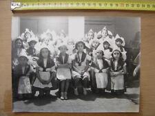 Photo ancienne annees 40 WWII FILLETTES EN COSTUME Optique medicale TUNIS BIJOUX