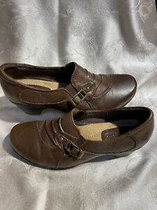 Earth Origins Roxanne Women's Brown Leather Slip On's With Designs Sz 9/40