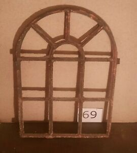 Originales Dänisches Rundbogen Gussfenster H.: 68 cm B.: 50 cm
