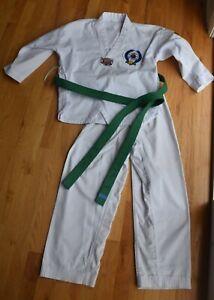 Kids 2-pc set Taekwondo Korean v-neck martial art uniform green belt (150)