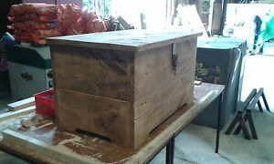 BRAND NEW SOLID WOOD RUSTIC PLANK WOODEN BLANKET BOX, CHEST, TRUNK MADE TO ORDER