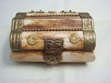Camel bone trinket box, velvet inside[*35]