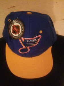 St Louis Blues NHL Hockey Cap Hat Blue Yellow Bill Logo 7 Adjustable NWT