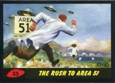 Mars Attacks The Revenge Black [55] Base Card #35 The Rush to Area 51