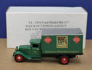 Santana Miniatures T4 1934 Ford BB-157 REA Box Van w Deck Board 1:43 MIB 300 Iss