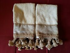 Croscill Home Townhouse Gold Fingertip Towels (Set of 2) - Discontinued Pattern