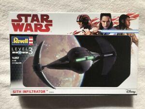 Revell Disney Star Wars 1/257 Sith Infiltrator plastic model kit 03612