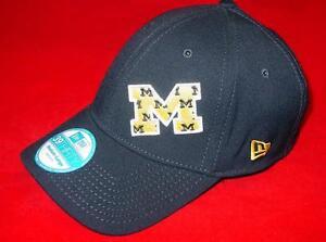 New Licensed Michigan Wolverines New Era 39Thirty Flexfit hat Size M/L  ____B99