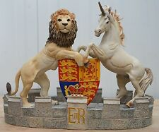 STUNNING MODEL OF QUEEN ELIZABETH II'S HERALDIC CREST LION UNICORN RARE STATUE