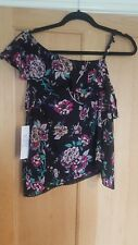 BNWT PATRONS OF PEACE FLORAL BLACK TOP SIZE L