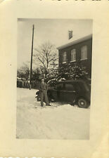 PHOTO ANCIENNE - VINTAGE SNAPSHOT - VOITURE TRACTION NEIGE - CAR SNOW WINTER