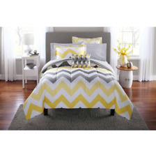 New Listing8pcs Queen Size Reversible Comforter Set Sheets Bed Pillows Shams Bed in a Bag