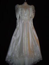 Gorgeous! Victorian Style Wedding Dress w/Full Train-Size 14