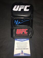 Stipe Miocic Signed UFC Boxing Glove Champion Heavyweight Champ Beckett