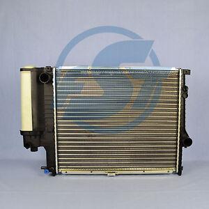 Kühler Wasserkühler BMW 5er E39 520 523 528 i bis 09/98 520x438x34