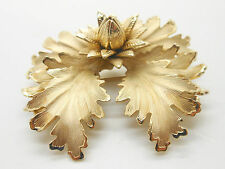 Vintage COROCRAFT Ornate Smooth and Etched Gold Tone Floral Brooch