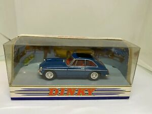 Matchbox - Dinky Collection 1:43 DY-3 MGB GT 1965 - NEW