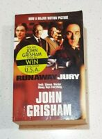 THE RUNAWAY JURY By JOHN GRISHAM Paperback