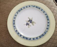 """Royal Doulton Carmina Salad/Luncheon Plate Olives Yellow Blue 8 7/8"""""""