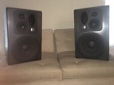 JBL lsr32 Pro Studio Monitor Speakers Pair Excellent Cond Only Used Residential