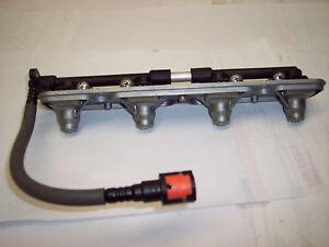 05 06 KAWASAKI ZX636 ZX 636 600 ZX600 ZX-6R NINJA EFI NOZZLE RAIL FUEL INJECTORS