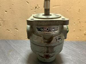 DOUBLE A GEROTOR HYDRAULIC MOTOR - G5210 - MH26-F-30A1  (UNTESTED)
