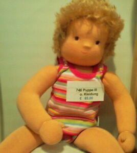 (€ 12,31/100 g) Puppe III