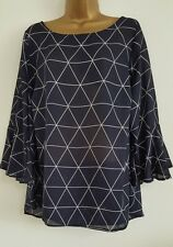 NEW Plus Size 16-32 Triangle Print Fluted Sleeve Navy White Tunic Top Blouse