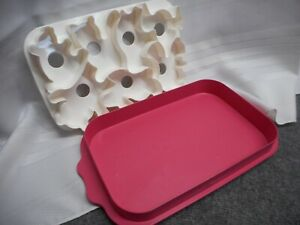 TUPPERWARE ANIMAL WIGGLERS JIGLLERS MOLD SNACK MAKER CUTTER TRAY NEW