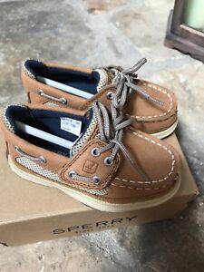 Sperry Boys Size 7 AC DK Tan/Navy CB48948A *NEW*