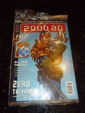 2000 AD Comic - PROG 1033 - DAte 11/03/1997 - Original Plastic Cover/Free Gift