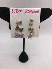 $38 Betsey Johnson Pave Rainbow Stud earrings F1