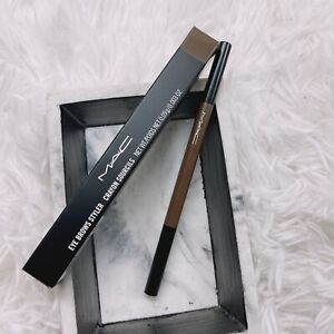 MAC Crayon Sourcils Eye Brow Styler pencil thin (Lingering   0.09g/0.003oz) NEW