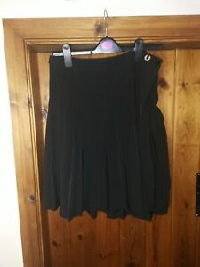 Fred perry pleated skirt size 10