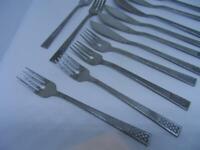 Set of 6 vintage Onieda stainless fish cutlery - vintage flatware knives forks