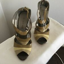 Woman's Heels. Patent Leather. Sachi Size 8.5