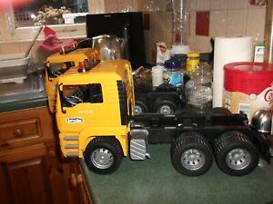 bruder truck