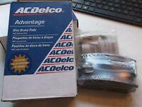 NEW ACDelco Ceramic Disc Brake Pad Set Rear 14D698C Buick Chevy Pontiac 1997-10